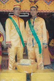 "Sultan of Balabagan ""Abdul Wakhid Interino (left) and Datu a Muluk ""Abdul Samad Beda (right)"