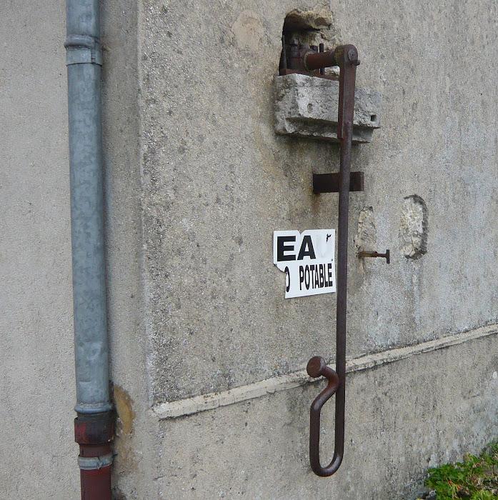 EA/EA