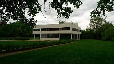 Retrospecting villa savoye with Alain de Botton | SPARK UP BLOG