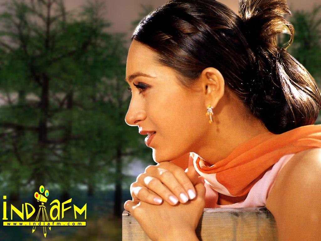 http://4.bp.blogspot.com/_U26jFST3wDU/TGzXsbzwjBI/AAAAAAAABEQ/o9qozbVYPXg/s1600/Karishma+Kapoor4.jpg