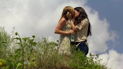 Cherilyn Wilson and Yara Martinez, Lesbian Kiss Chase TV Show lesmedia