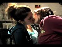 Gabrielle Christian & Mandy Musgrave Girltrash, Lesbian Scene lesmedia