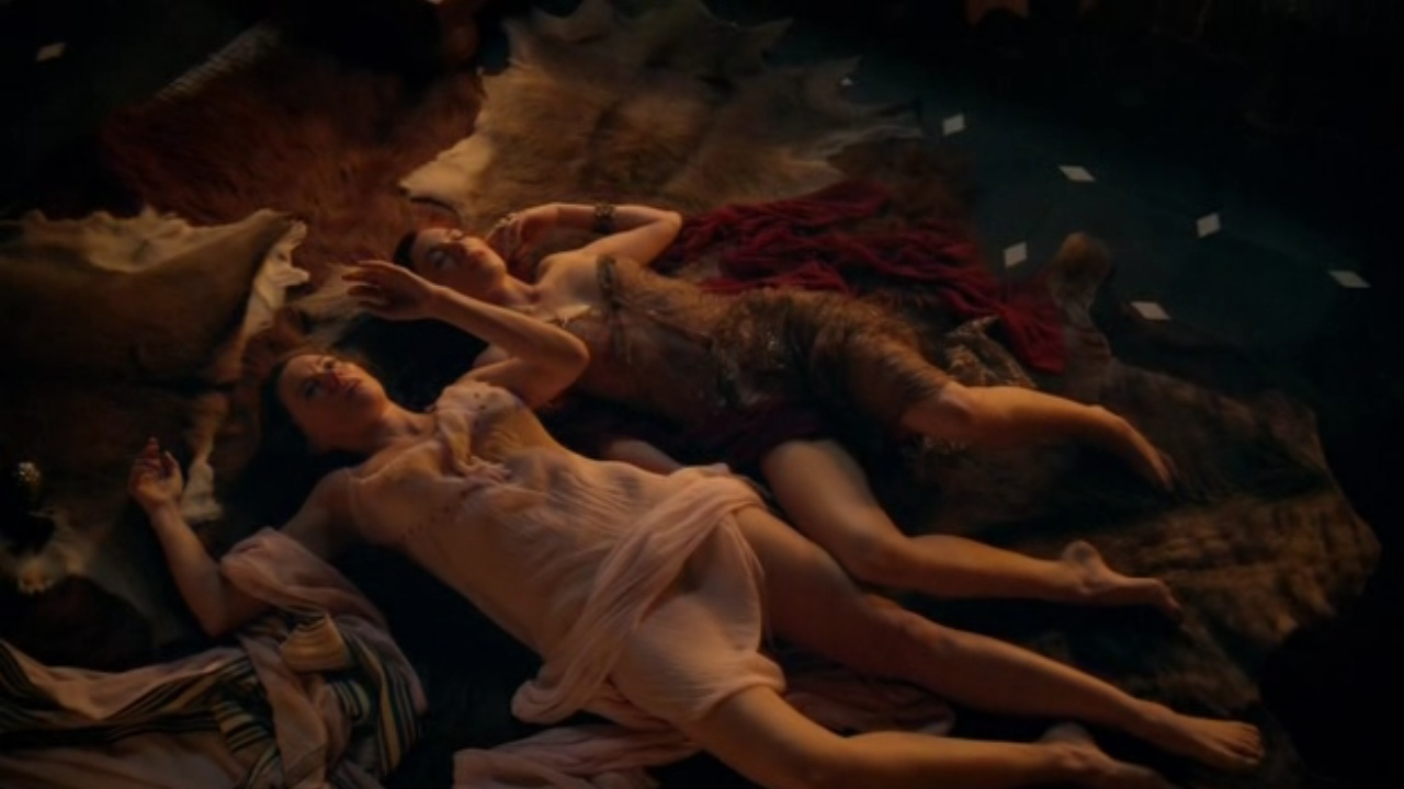 Jaime Murray And Lucy Lawless Lesbian Se Scene Spartacus Gods Of The