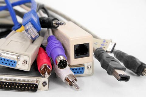 http://4.bp.blogspot.com/_U46xI3v8vr4/S50kHGPwo2I/AAAAAAAAABE/IHHXlJQaSiA/S692/computer-cables.jpg