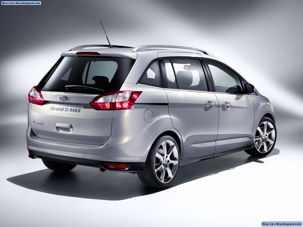 http://4.bp.blogspot.com/_U4w592tUDHM/TCBu6GAh3ZI/AAAAAAAACTg/Lnqx1LVFCLI/s1600/Ford-Grand_C-MAX_2011_1280x960_wallpaper_04.jpg
