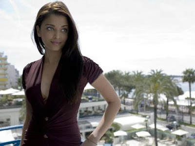 Aishwarya Rai Latest Romance Hairstyles, Long Hairstyle 2013, Hairstyle 2013, New Long Hairstyle 2013, Celebrity Long Romance Hairstyles 2379