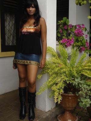 piyumi purasinghe 12 Sri Lankan Actress Piyumi Purasinghe