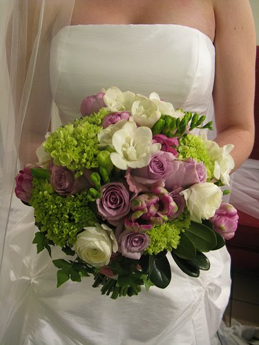 Bouquet Bridal: Purple and Green Wedding Bouquets