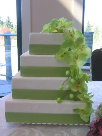 2011 Square Wedding Cakes Wallpaper