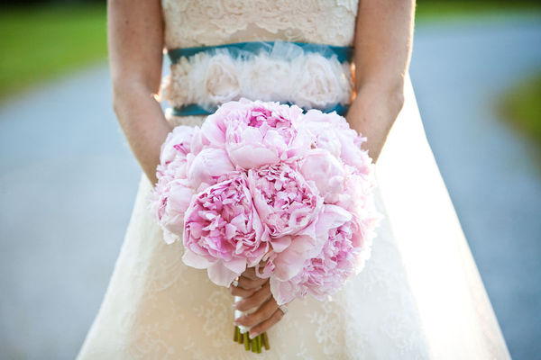 Pale pink bridal fashion trends