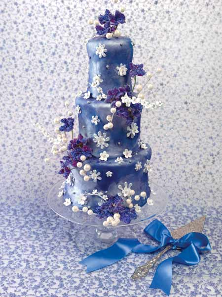 fondant wedding cakes. fondant wedding cake with