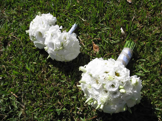 Wedding Bouquets With Lisianthus : Bouquet bridal august