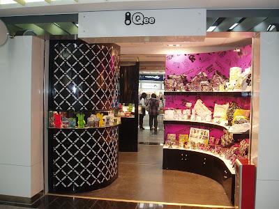 Shop Handbags on Man Of Qee  Qee Fashion Handbag   Wallet Shop