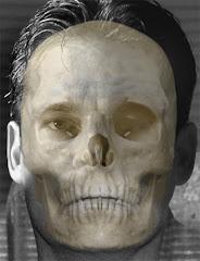 Sculptor Caesar Yanez