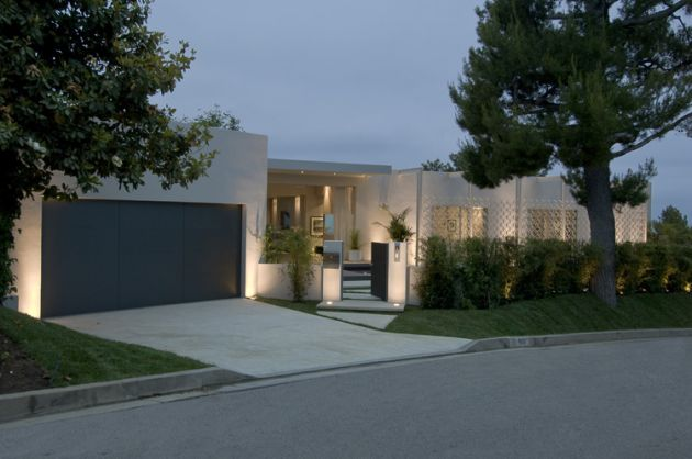 Ultra modern beverly hills home modern design by for Funkis sale