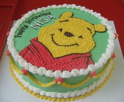 Winnie The Pooh Ice Cream Cake