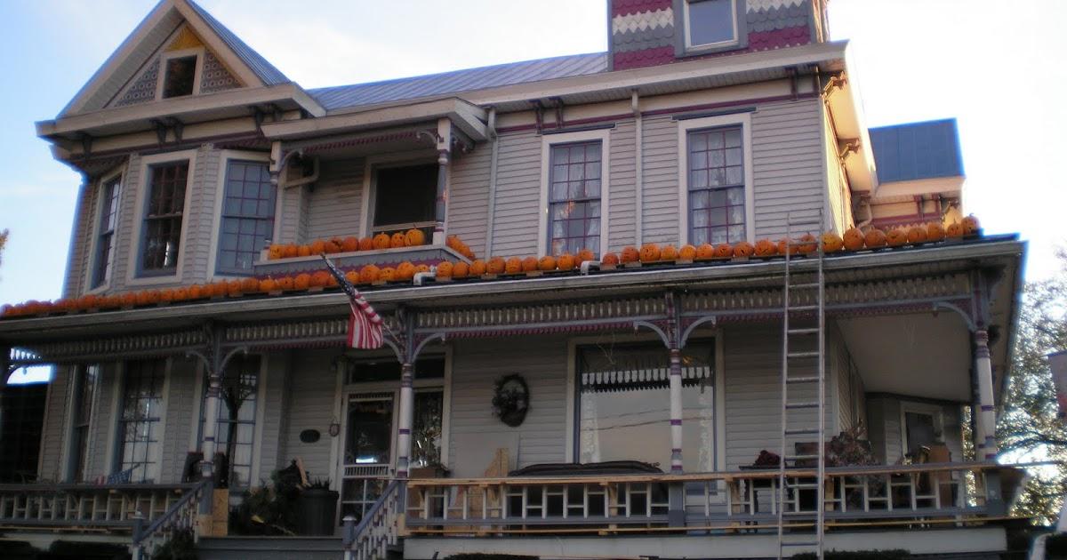 A Blog On Books Pumpkin House In West Virginia