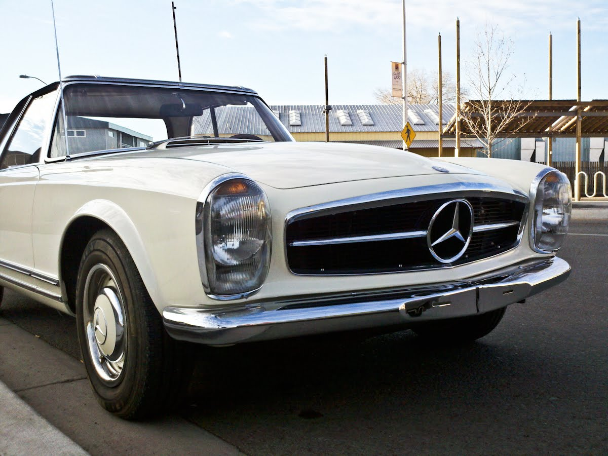 The street peep 1967 mercedes benz 250sl for Mercedes benz 250sl