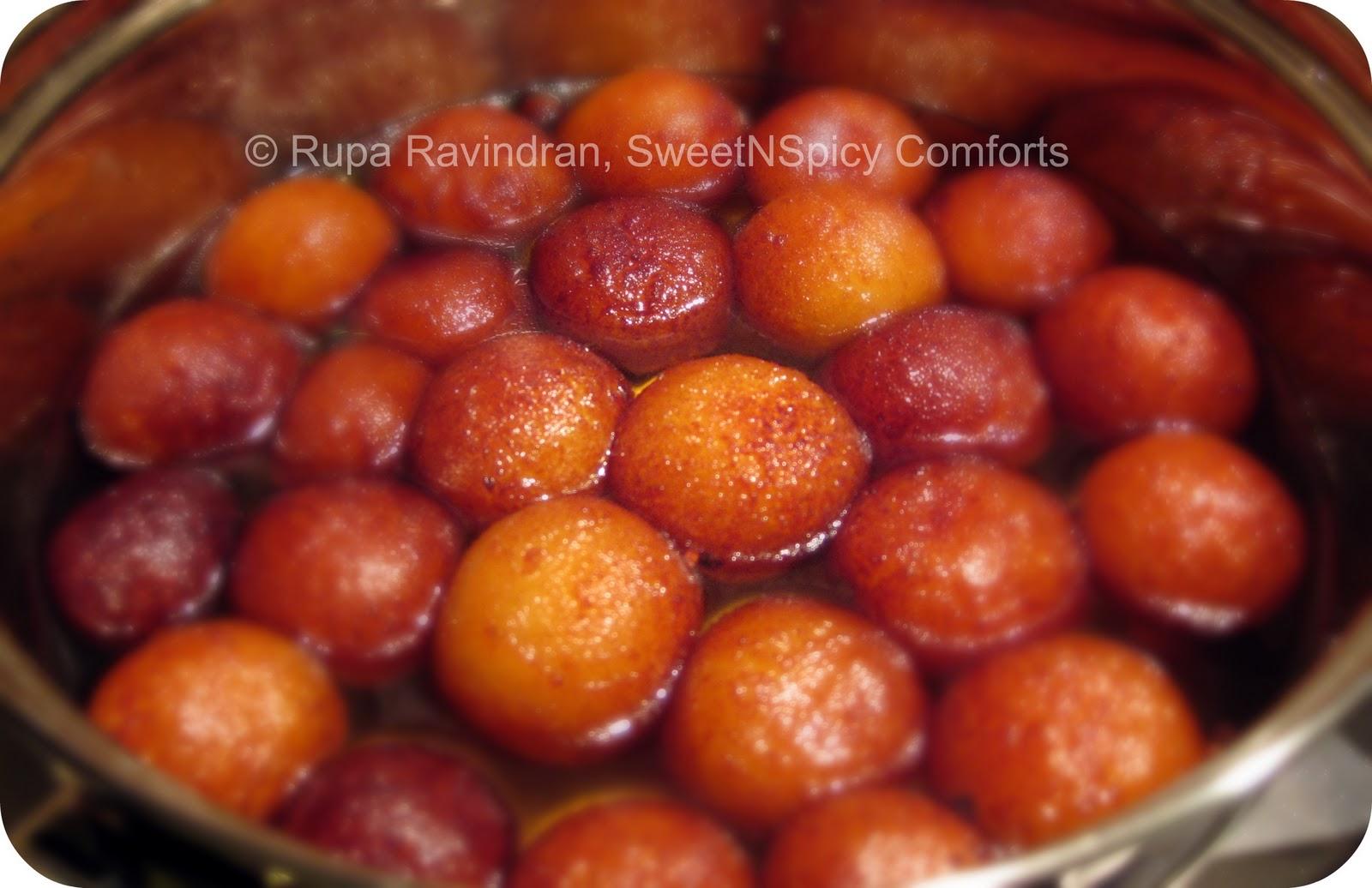 Gulab Jamun http://sweetnspicycomforts.blogspot.com/2011/01/gulab ...
