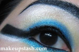 EOTD | A Stylised Cleopatra Eye
