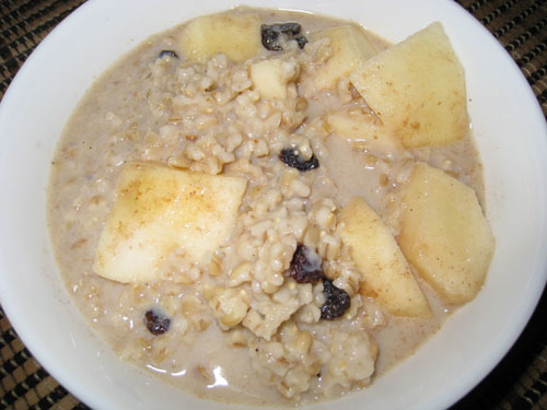 Apple Crisp Oatmeal with Raisins