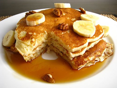 Banana Buttermilk Pancakes on Closet Cooking