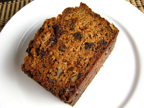 Chocolate Chip and Sour Cream Banana Bread on Closet Cooking