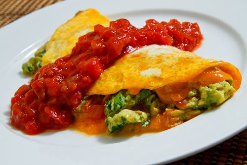 Guacamole Omelette with Salsa on Closet Cooking