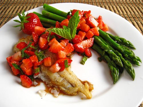 Cod with Strawberry Salsa on Closet Cooking