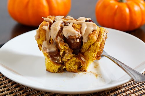 Closet Cooking: Pumpkin Pie Cinnamon Buns with Caramel Cream Cheese Frosting