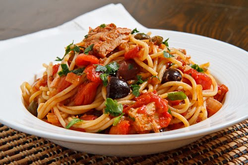 Tuna and Caper Tomato Pasta