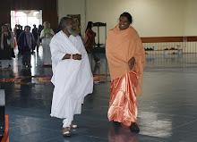 Célébration de Onam avec Swami Atmachaithanya