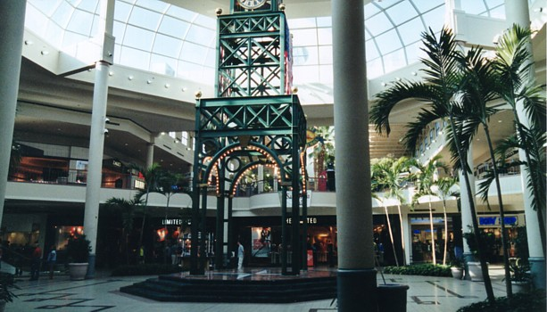 Savannah Mall is located in Savannah, Georgia and offers 99 stores - Scroll down for Savannah Mall shopping information: store list (directory), locations, mall hours, contact and address.3/5(2).