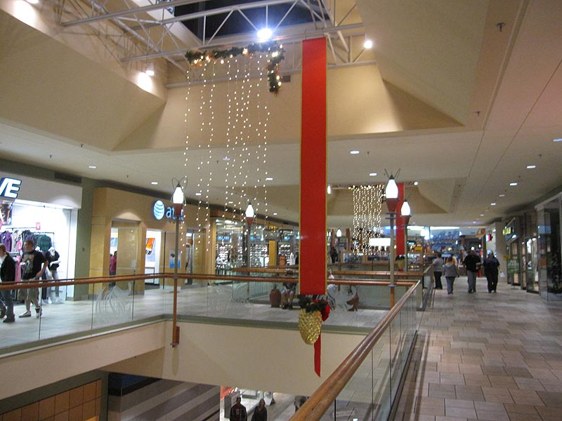 West Town Mall is a wonderful climate controlled indoor mall conveniently located off exit on I Considered the premier shopping destination in East Tennessee, our mall boasts more than stores, over 40 of which are exclusive to the Knoxville area.
