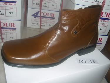 Sepatu Semi_Boot