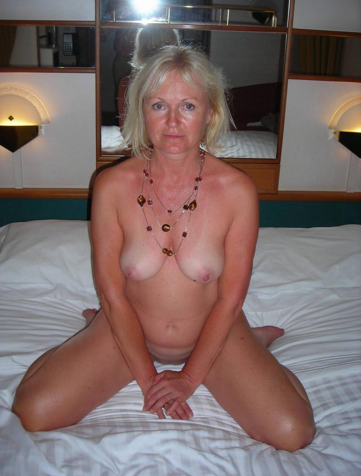 Sexy horny grannys