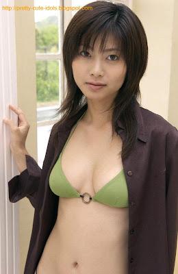 Rin Suzuka : Pretty Asian Bikini