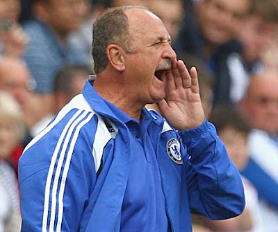 Chelsea manager Luiz Felipe Scolari shouts instructions to his players.