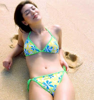 Haruna Yabuki : Beautiful boobs on beach