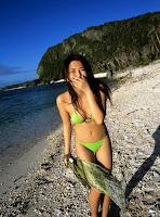Haruna Yabuki : funny sexy girl on Beach