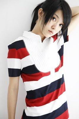 Cute Taiwanese Singer : Amber Kuo