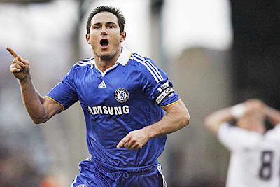 Chelsea midfielder Frank Lampard celebrates after scoring his second goal against Fulham