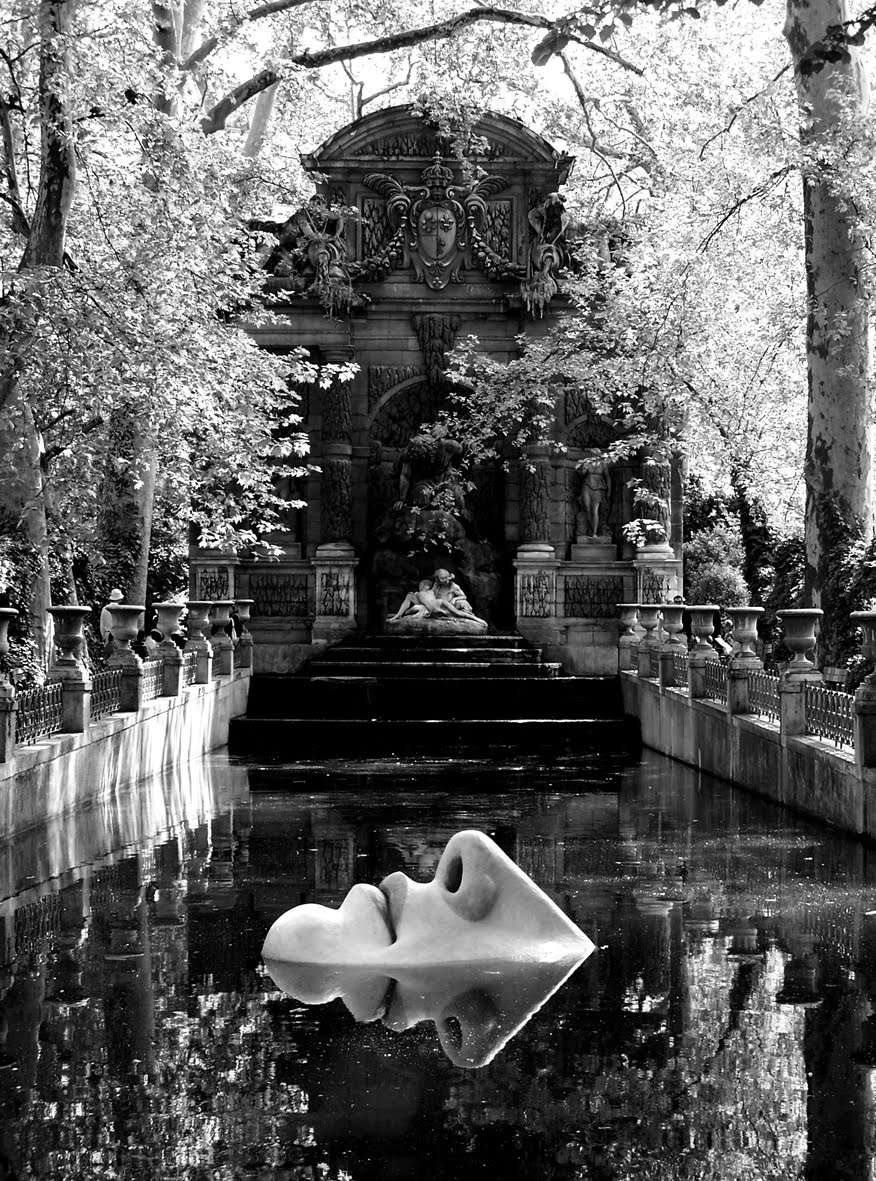 [Jardin+Luxembourg+fontaine+01+blog.jpg]