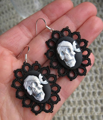 earrings, tatted, tatting, goth, gothic style jewelry