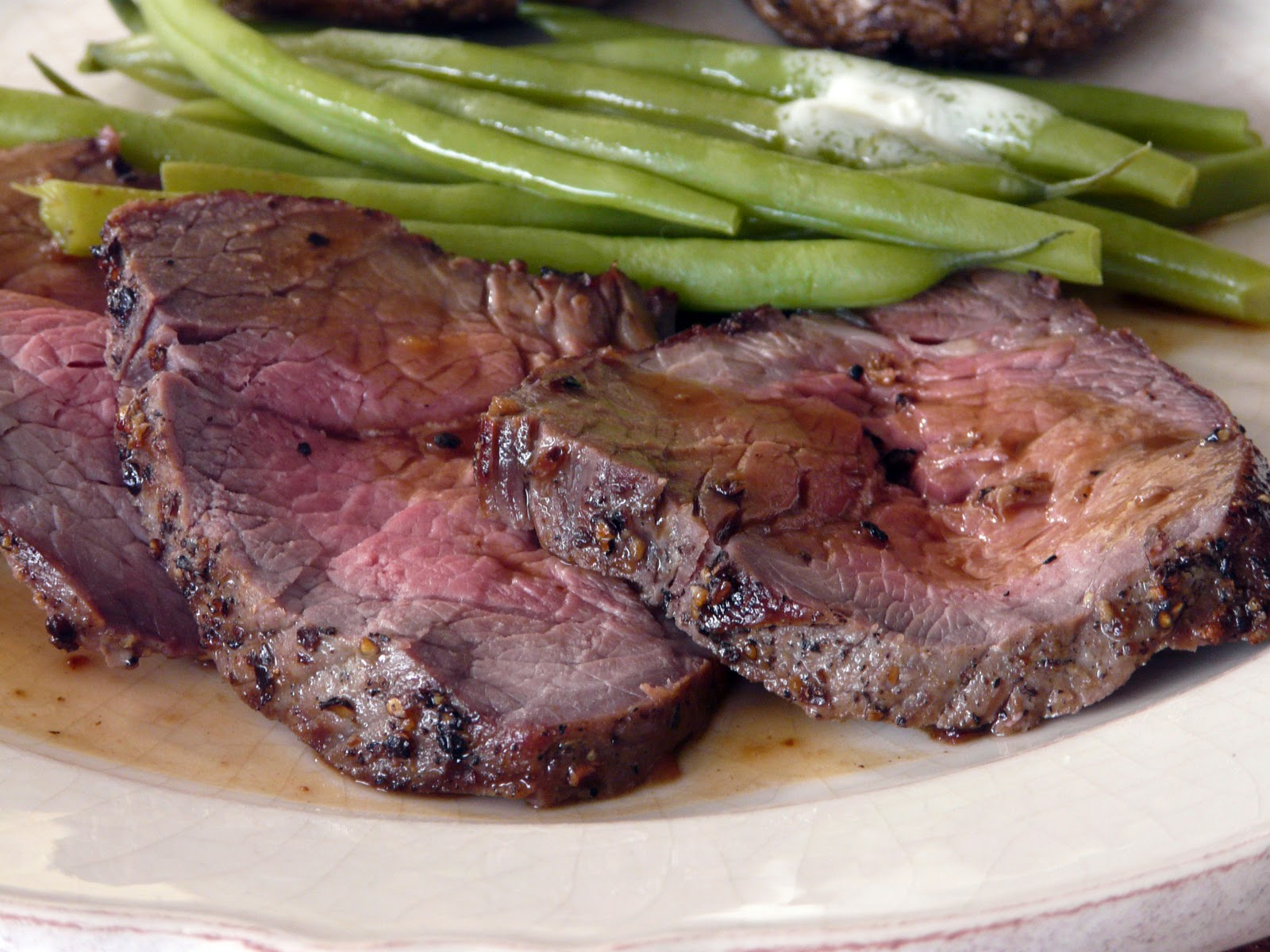 how to cook a small sirloin roast