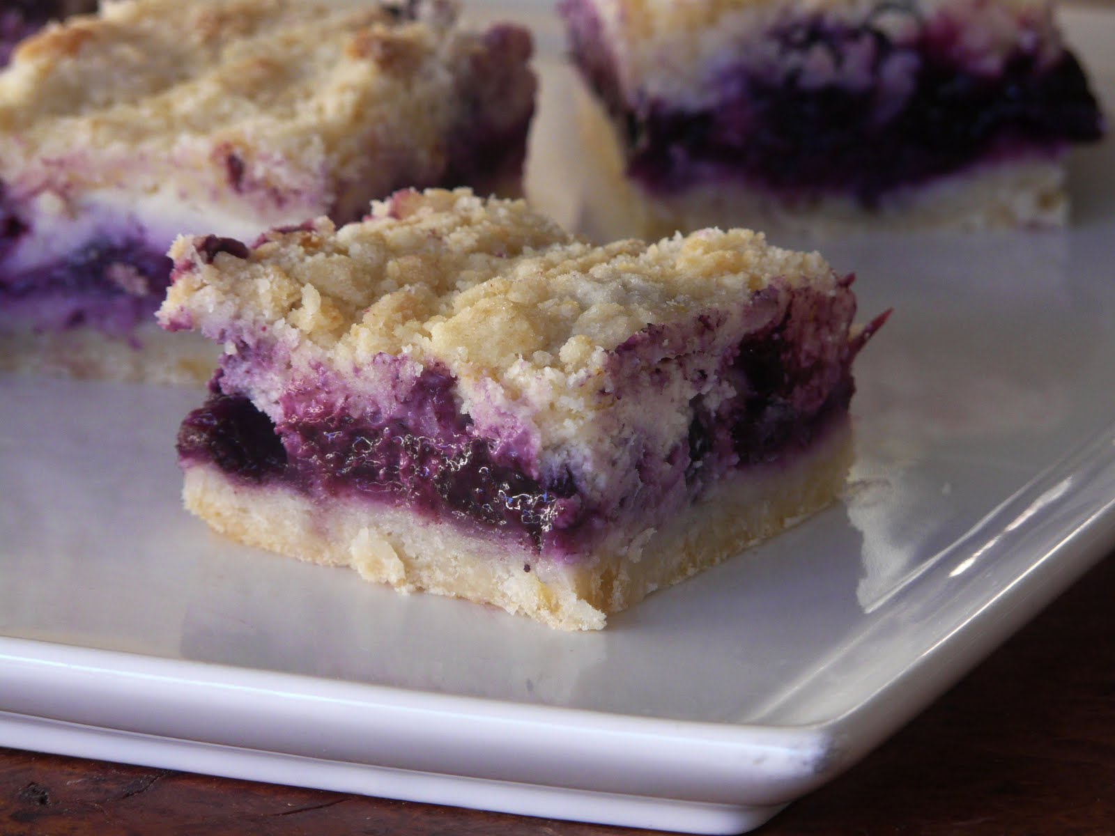 Thibeault's Table: Blueberry Cream Cheese Crumb Bars