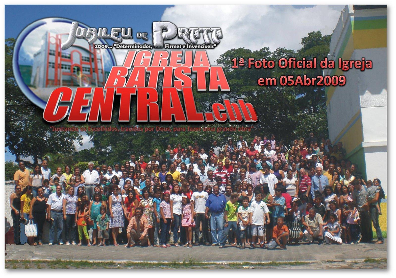[20090405+1ª+Foto+Oficial+da+Igreja+no+Jubileu+de+Ouro.jpg]
