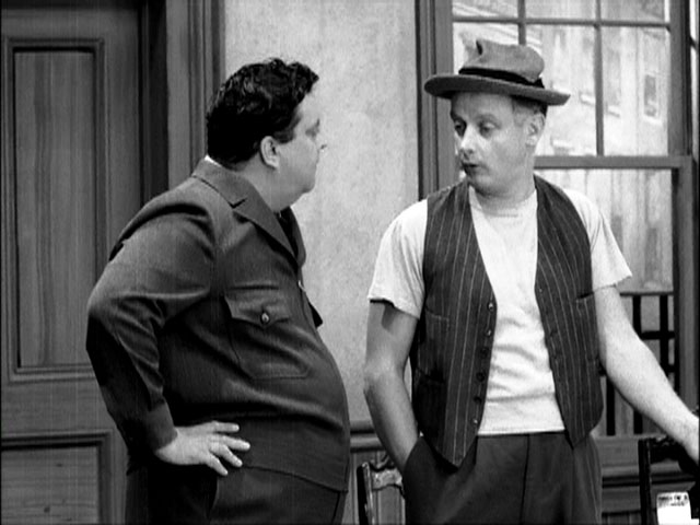 a comparison of love lucy and the honeymooners The honeymooners-love jackie gleason,  sequel with newman tom cruise was garbage in comparison the  jackie gleason i love lucy.