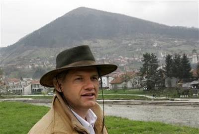 http://4.bp.blogspot.com/_USNp11SJKTg/RnVmtIyI49I/AAAAAAAAAi0/-ptuVAkc0WM/s400/BosnianSemirOsmanagic.jpg