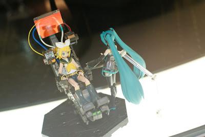 Akiba F - Hatsune Miku - Vocaloid